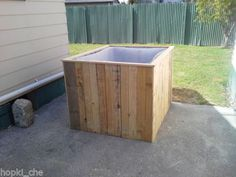 HOT-TUB-SPA-JACUZZI-POOL-BUILD-DECKING-HOT-TUB-TIME-MACHINE-FROM-IBC-CONTAINER
