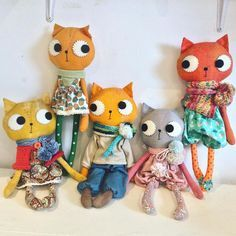 Kitty cats waiting for shoes and hats. These cats will be in my shop on Sunday x