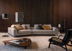 HAMILTON ISLANDS - SOFAS EN Minotti relies on the Hamilton Islands version to offer a further enriched Hamilton seating system, in contents as in form, making room for Living Room Sofa, Living Room Interior, Living Room Decor, Living Spaces, Sofa Design, Modern Interior Design, Interior Architecture, Sofa Furniture, Furniture Design