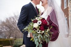 Stunning Winter Floral Bouquet | Travis and Haley G Photography | Dominion House
