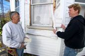 How to Install Window Casing for Vinyl Siding