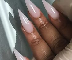 Try some of these designs and give your nails a quick makeover, gallery of unique nail art designs for any season. The best images and creative ideas for your nails. Perfect Nails, Gorgeous Nails, Pretty Nails, Dope Nails, Fun Nails, Prom Nails, Stiletto Nail Art, Matte Nails, Nail Art Galleries