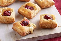 Cranberry-Habanero Cheese Puffs Recipe 1 frozen puff pastry sheet of pkg.) KRAFT Hot Habanero Cheese, cut into 16 cubes 3 Tbsp. Kraft Foods, Kraft Recipes, Hot Appetizers, Christmas Appetizers, Appetizer Recipes, Appetizer Ideas, Cheese Recipes, Frozen Puff Pastry, Puff Pastry Sheets