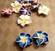 4pcs (Matte Royal/Ocean Blue) - French Polymer Clay Lily Flower (has hole) Gv Sc2