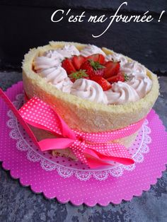 The strawberry charlotte Olivier Bajard Love Cake, Vanilla Cake, Mousse, Sweet Tooth, Cheesecake, Strawberry, Dessert Recipes, Blog, Yummy Food