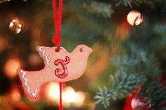 Cinnamon and Glue Ornaments by Selina from Creative Juices for Decor via AllFreeChristmasCrafts.com