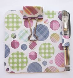 Post It Notes Holder Clipboard & Pen Set, Sticky Notes Holder, Plaid Dots Mod Podge Crafts, Sewing Crafts, Easy Crafts, Crafts For Kids, Post It Note Holders, Coaster Crafts, Calendar Ideas, Nurse Stuff, Fundraising Ideas