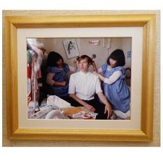hannes hetta and twins- twins combing his hair again/2014/ hitachi  @hanneshetta #fumikoimano #fumikoimanotwins #hanneshetta
