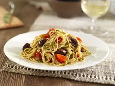 Whole Grain Angel Hair with Pistachio & Basil Pesto, Cherry Tomatoes & Black Olives