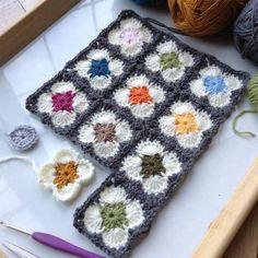Transcendent Crochet a Solid Granny Square Ideas. Inconceivable Crochet a Solid Granny Square Ideas. Granny Square Crochet Pattern, Crochet Flower Patterns, Crochet Squares, Crochet Granny, Crochet Designs, Crochet Baby, Crochet Quilt, Crochet Blocks, Crochet Motif