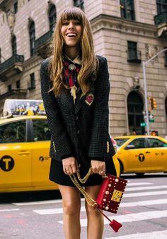 Jenny Cipoletti from @margoandme wearing a Gucci blazer, shirt and bag. - SS17 Streetstyle