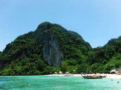 Koh phi phi ley, Thailande Photo de Marilyne Fmt - #easyvoyage #clubeasyvoyage #easyvoyageurs #holiday #vacances #travel #traveler #traveling #holidaytravel #letsgo #lovetravel #aventure #adventure #inspiration #evasion #word #trip