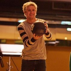 Niall surprised kids from Cancer Research UK recently