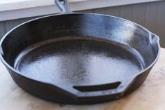Cast Iron Skillets-I own as many of these as I do slow cookers, both in various sizes.  This is an excellent article, not only on how to clean and season, but the value of cast iron over non-stick. Rusted Cast Iron Skillet, Cast Iron Pot, It Cast, Iron Skillet Cleaning, Restore Cast Iron, Seasoning Cast Iron, How To Clean Iron, Cast Iron Cooking, Diy Cleaning Products
