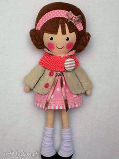 Malowana lala michalinka wełnianym szalikiem lalki dollsgallery