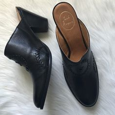 "Jack Rogers Black Mule Adorable and perfectly comfortable. 3"" heel. Offers welcome through offer tab. No trades. 1510161261 Jack Rogers Shoes Mules & Clogs"