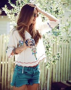 Boho Street Style Inspiration: Embroidered White Peasant Blouse + Jean Shorts Casual Summer Look #johnnywas