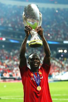 Liverpool Fc Champions League, Liverpool Players, Liverpool Football Club, Football Photos, Football Fans, Sadio Mane, Uefa Super Cup, Liverpool History, We Are The Champions