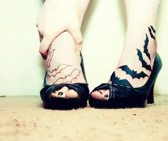 Group of Bats on Women Feet i NEED this.