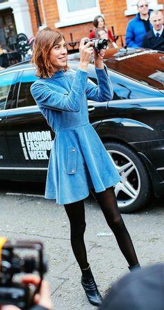 Alexa Chung in J.W.Anderson blue dress
