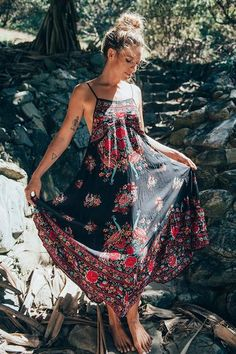What is the beauty of our enchanted dress? Made with … - Beach Dresses Short Beach Dresses, Boho Summer Dresses, Hippie Dresses, Hippie Outfits, Boho Dress, Bohemian Summer, Ethnic Dress, Hippy Dress, Beach Outfits