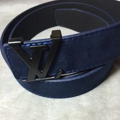 Men's belt New LV logo belt (NOT list of brand) size 34-36 or 36-38 Louis Vuitton Accessories Belts