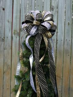 Awesome Tree Top Bow For Christmas   Large Animal Print Tree Topper   Dalmatian  Zebra Print In Gold Black Silver And White Christmas Tree Topper