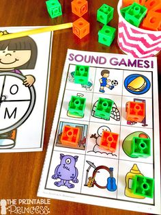 Beginning sounds is an important skill in Kindergarten and early primary classrooms. Stop by and pick up a FREE beginning sounds assessment tool. Plus you'll also find loads of ideas for letter sound practice. Easy and practical activities that require li Alphabet Games For Kindergarten, Letter Sound Activities, Teaching The Alphabet, Learning Letters, Alphabet Activities, Art Activities, Teaching Phonics, Homeschool Kindergarten, Kindergarten Reading
