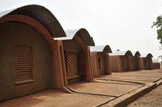 Kere teachers accommodation - Diébédo Francis Kéré — Wikipédia