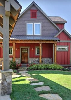 Do you love Farmhouse Exterior Design? Do you want to change the look of your home to become a Modern Farmhouse Exterior? Home exterior is the first thing that will be seen by others, so make your home's exterior become… Continue Reading → Cottage Exterior, Modern Farmhouse Exterior, Exterior House Colors, Rustic Farmhouse, Siding Colors, Farmhouse Ideas, Farmhouse Style, Rustic Houses Exterior, Industrial Farmhouse