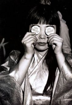 yayoi kusama - hal reiff ota - love forever