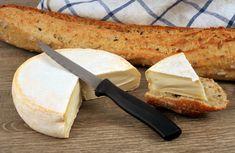 Tout savoir sur le reblochon, le fromage de la tartiflette Epoisses, Camembert Cheese, Dairy, Cas, Board, Table, Kitchens, Alps, Tables