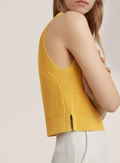 Front versus back Aritzia Knitwear Fashion, Knit Fashion, Summer Knitting, Crochet Summer, Moda Fitness, Lookbook, Mode Outfits, Knitting Designs, Knit Crochet