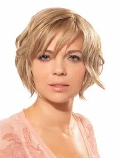Fat Round Face Hairstyles for Women - Stylish haircuts and hairstyles for women with round fat faces. Find your best hairstyle for your face shape from short, medium and long haircuts.