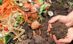 How To Make a Kitchen Compost Bin   Homesteading Tips   Easy DIY Tutorial for your Indoor Composting by Pioneer Settler at http://pioneersettler.com/how-to-make-a-kitchen-compost-bin/