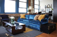 The Times New Roman: Pinterest Monthly: August 2013 Blue Velvet Couch