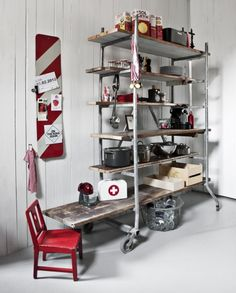 Recycled bookshelf from scaffolding and floorboards - Cush and Nooks: Genbyg Design Pipe Table, Pipe Furniture, Scaffolding, Home Hacks, Office Interiors, New Room, Retail Design, Industrial Style, Interior Inspiration