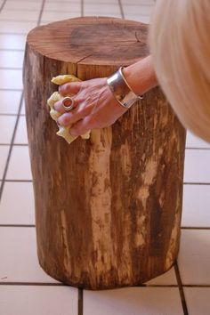 Stumped How to Make a Tree Stump Table | The Art of Doing Stuff