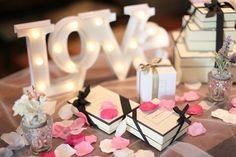 ✨ ✨ WeddingReport29 ✨ ✨ Welcomespace♡ カメラマンさんは、やっぱり素敵に撮ってくださってました * loveマーキーライトと JO MALONE のコーナー * オリエンタルはwelcomespaceがとってもおおきいので、 私が用意したwelcomeアイテムを雰囲気よく2パターンくらいにうまく飾ってくれました * JO MALONEの3段のBOXは、ご縁あった素敵な卒花様からのもの♡ * 沢山の方々の想いと支えで成り立っていた結婚式♡ * 私たち2人の為に想像を超える人数の方が動いてくださっていたことに本当に感謝でいっぱいです♡ * 当日は、芸能人みたいな?待遇でびっくりでした * * #weddingreport #welcomspace #ウェルカムスペース #ウェルカムアイテム #love #マーキーライト #JO MALONE#ジョーマローン #2016春婚 #卒花 #オリエンタルホテル旧居留地 #orientalhotel #ディスプレイ #神戸 #受付スペース
