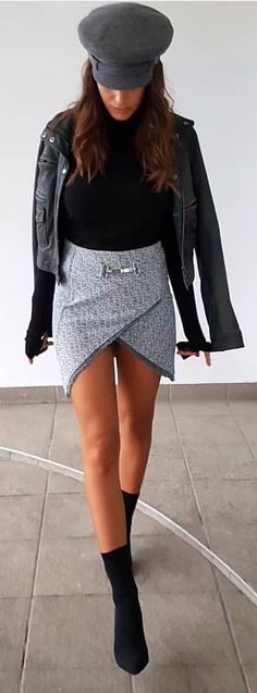 #spring #outfits woman in black jacket stands on gray concrete floor. Pic by @street_style_paris