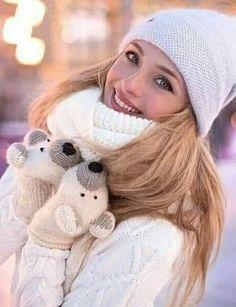 3 D, Winter Hats, Fashion, Moda, Fashion Styles, Fashion Illustrations