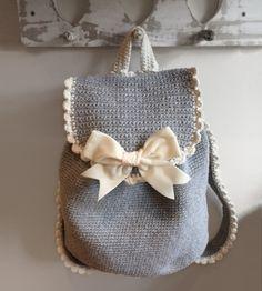 Club backpack - Free crochet pattern
