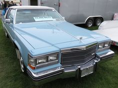 1983 Cadillac Coupe Deville Patriot Edition Jennifer Blue w/ White leather-Blue piping & white cabriolet top