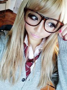 hair..clothes LOVE<3 Gyaru