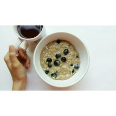 Morning #oats. Compote/blueberry #oatmeal... sad because the compote is almost gone  booo. It's already really hot this morning so hopefully more swimming today  #breakfast #food #foodporn #nutrition #foodisfuel #instahealth #tagsforlikes #photooftheday #vsco #vscocam #vscofood #healthy #healthspo #health #fit #fitness #fitspo #fitnotskinny #strongnotskinny #fitfam #fitforlife #fitfood #glutenfree #vegetarian #yum #delicious #eatforabs #absaremadeinthekitchen #Padgram