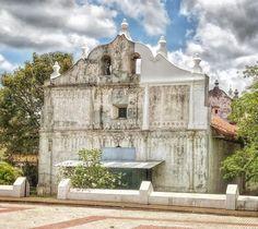 500 year-old Spanish colonial church #CostaRica  #travel Thx @activatedlifex!  #ad #traveldeeper #adventure    #cntraveler #exploretocreate #thephotosociety #thehappynow #thecreatorclass #wanderfolk #tv_lifestyle #suitcasetravels  #wonderfulplaces #communityfirst #comeandsee #worldshotz #bestplacestogo #travelanddestinations #TheBestDestinations #placeswow #ig_shotz_travel #teamtravelers #LiveTravelChannel  #roamearth #tv_travel #adventureculture #adventurethatislife