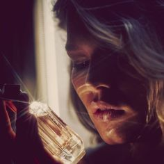 highlights Anna Ewers byGuy Aroch    BOSS Scent for Her Perfume Ad