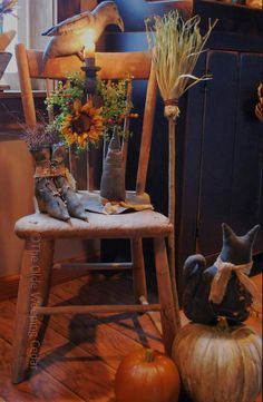 The Olde Weeping Cedar: ~?~ I regret every last minute that I sold my Autumn decor :(( Samhain Halloween, Holidays Halloween, Halloween Crafts, Halloween Decorations, Halloween Party, Halloween Pictures, Outdoor Halloween, Halloween Night, Happy Halloween