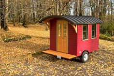 Plans are available for around $30!  Sooooo cute!  #Vardo #Caravan