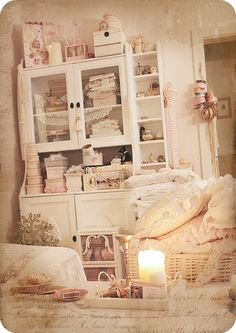Love the shabby chic, this could work in my sewing room!